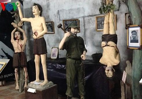 Museum pejuang revolusioner yang ditahan dan dipenjara oleh musuh-Alamat merah untuk mendidik tradisi patriotisme - ảnh 2