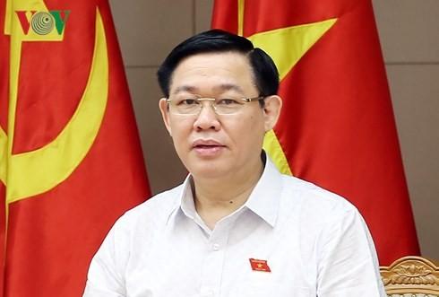 Deputi PM Vuong Dinh Hue: Dana Perkembangan Badan Usaha  Kecil dan Menengah akan membantu Start-up - ảnh 1