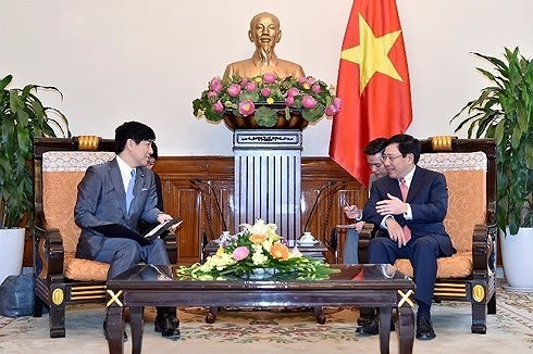 Deputi PM, Menlu Viet Nam Pham Binh Minh menerima Sekretaris Negara Kemlu Jepang, Kazuyuki Nakane - ảnh 1