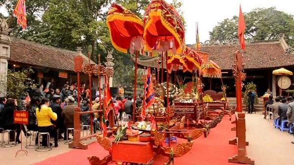 Kuil Va-Situs peninggalan sejarah untuk memuja Dewa Gunung Tan Vien - ảnh 2