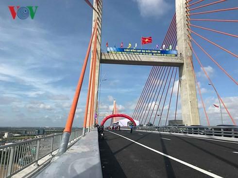 Upacara meresmikan  jalan tol Ha Long-Hai Phong - ảnh 2