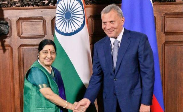India dan Rusia menargetkan akan  mencapai modal investasi  bilateral  sebesar 50 miliar USD - ảnh 1