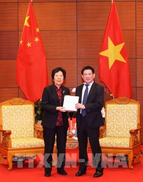 Memperhebat pertukaran pengalaman antara Badan Pemeriksa Keuangan Negara Viet Nam dan Badan Pemeriksa  Keuangan Negara Tiongkok - ảnh 1