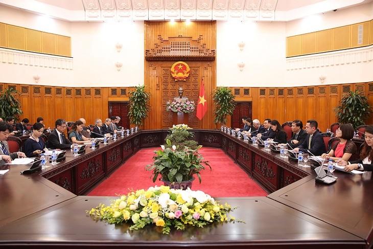 Deputi PM Viet Nam, Vuong Dinh Hue menerima Dewan Pendorongan Diplomasi Rakyat Jepang - ảnh 1