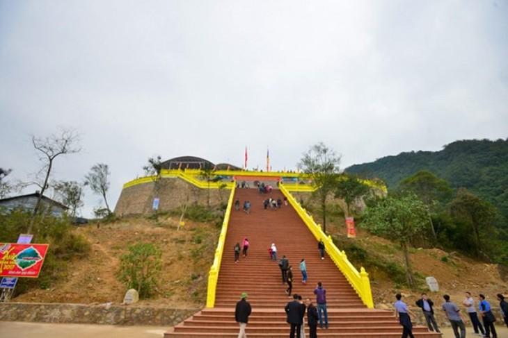 Kompleks situs peninggalan sejarah Ngoa Van-Jantung-nya  dari mazhab Buddha Truc Lam Yen Tu - ảnh 2
