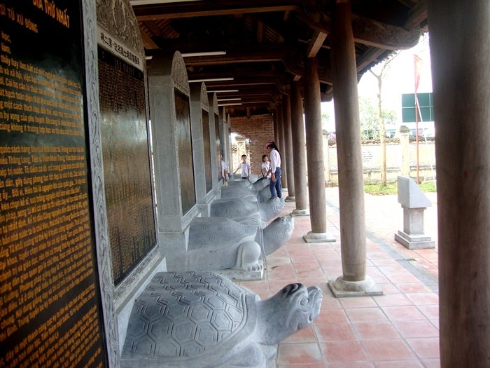 Kuil Sastra  Mao Dien-Kebanggaan  warga di bumi yang haus belajar - ảnh 2