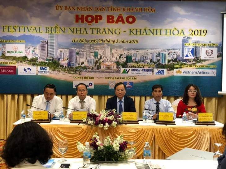 Festival Laut Nha Trang-Aksentuasi  menyambut Tahun Pariwisata Nasional 2019 - ảnh 1