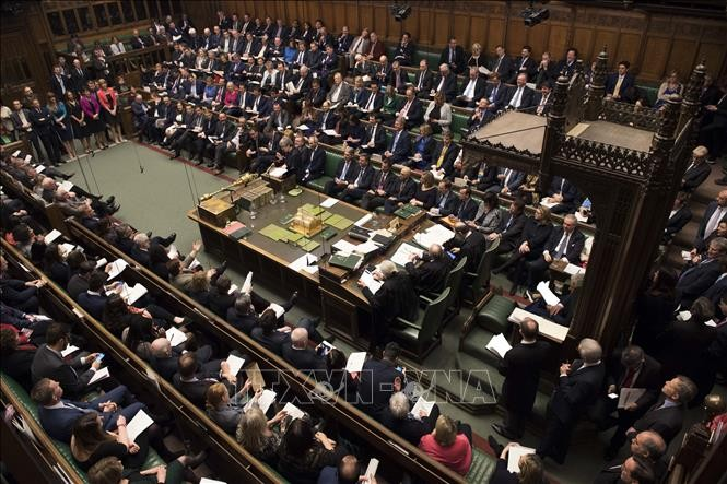 Masalah  Brexit: Majelis Rendah menolak kesepakatan cerai ke-3 - ảnh 1