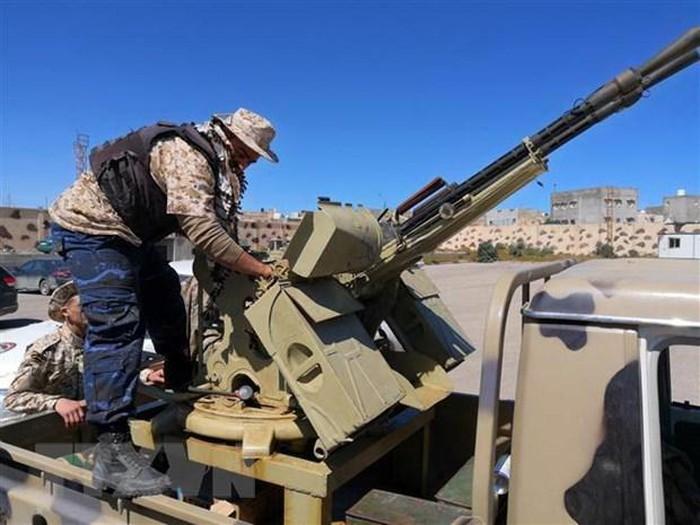 Libia: Baku hantam di Tripoli terjadi terus-menerus tanpa memperdulikan seruan gencatan senjata PBB - ảnh 1