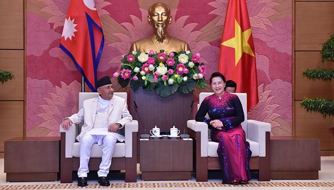 Ketua MN Viet Nam, Nguyen Thi Kim Ngan menerima  PM Nepal, Khadga Prasad Sharma Oli. - ảnh 1