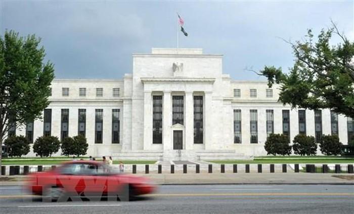 """Amerika Serikat memangkas suku bunga: Memberikan sinyal tentang  bahaya deeskalasi  ekonomi global"""" - ảnh 1"""