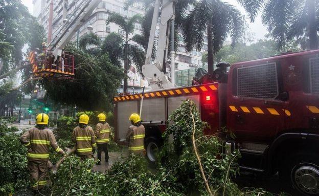 Tropical typhoon Nida hits China's Guangdong province - ảnh 1