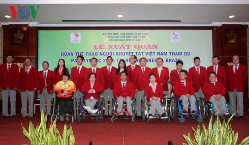 Vietnam's athletes with disability depart for Brazil Paralympics - ảnh 1