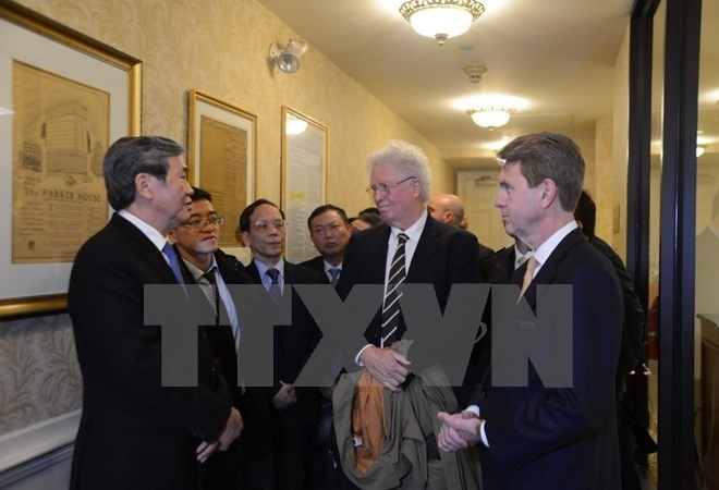 Politburo member Dinh The Huynh concludes US visit - ảnh 1