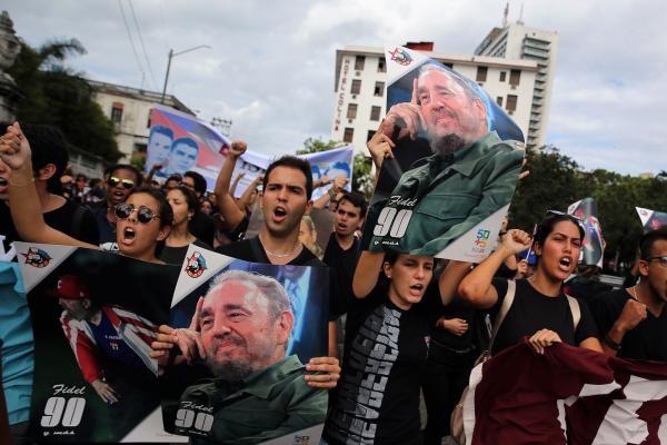 Cuban people mourn revolutionary leader Fidel Castro - ảnh 1