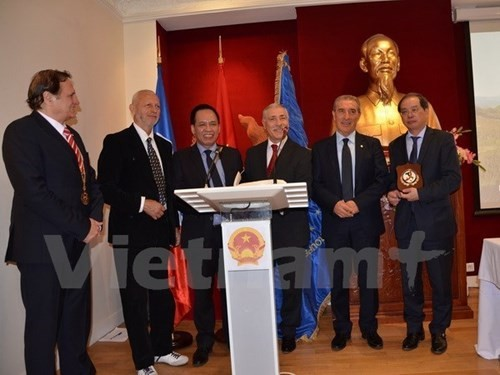 Vietnam joins World Folklore Union  - ảnh 1