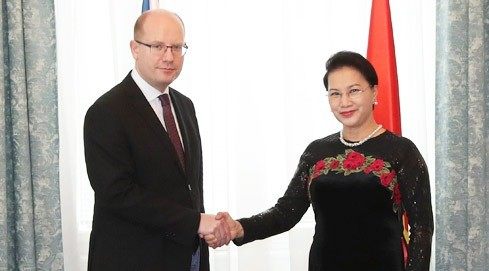 NA Chairwoman concludes Czech visit - ảnh 1