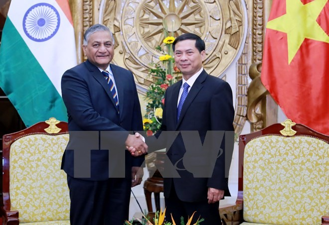 Deputy Foreign Minister meets Indian Minister of State for External Affairs  - ảnh 1