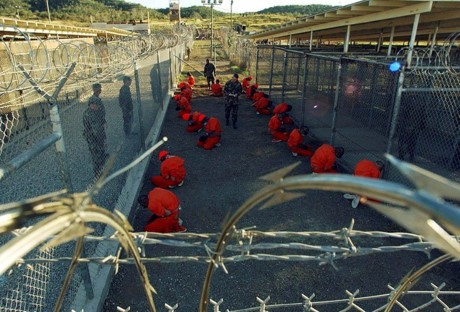 US conducts largest transfer of Guantanamo inmates - ảnh 1