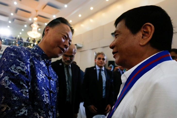 Philippine President: Talks with China should be based on arbitration court's ruling - ảnh 1