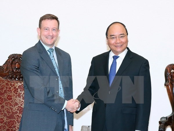 PM receives newly accredited French, Australian Ambassadors - ảnh 1