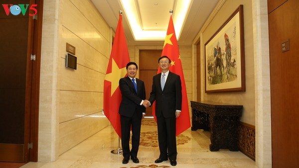 Vietnam, China boost friendship and comprehensive cooperation - ảnh 2