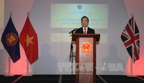 UK wants to boost post-Brexit trade cooperation with Vietnam - ảnh 1