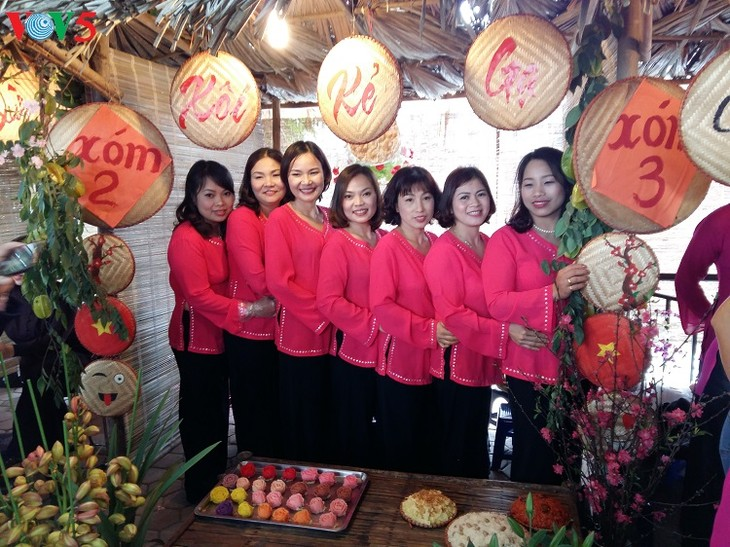 Festival honors steamed sticky rice tradition in Phu Gia - ảnh 1