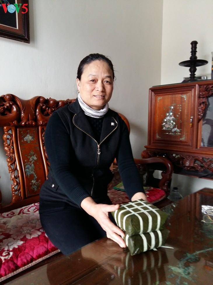 Dam village makes Chung cake, cassava vermicelli  - ảnh 1
