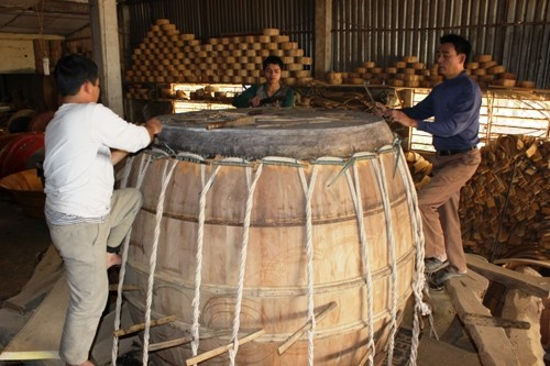 Doi Tam village and the art of drum making - ảnh 4