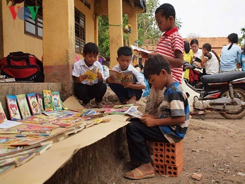 HCMC youths dream of establishing 1,001 libraries for remote areas  - ảnh 1