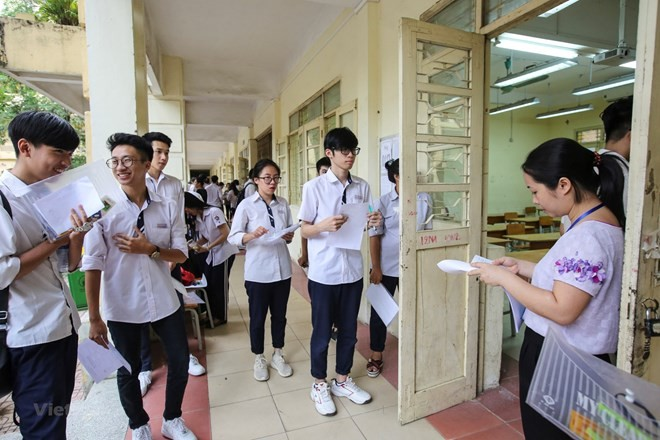 Nearly one million students begin national high school exam - ảnh 1