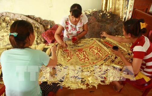 Dong Xam silver craft village preserves tradition - ảnh 1