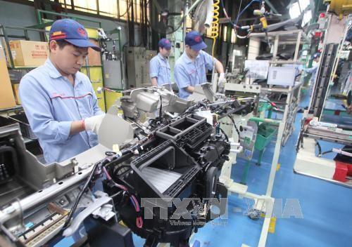 2016和2017年越南经济增长6.8%至6.9% - ảnh 1