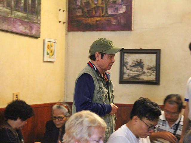 Cafe Giảng nườm nượp khách sau Hội nghị Thượng đỉnh Mỹ - Triều - ảnh 3