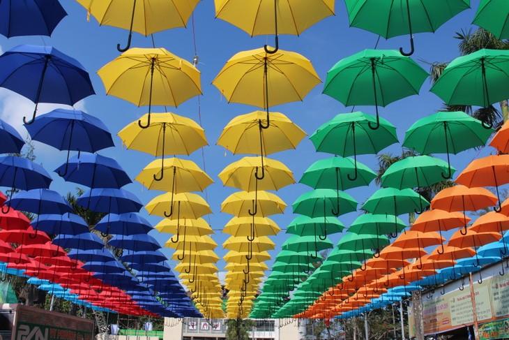 Rực rỡ sắc màu Lễ hội bánh dân gian Nam Bộ năm 2019 - ảnh 3