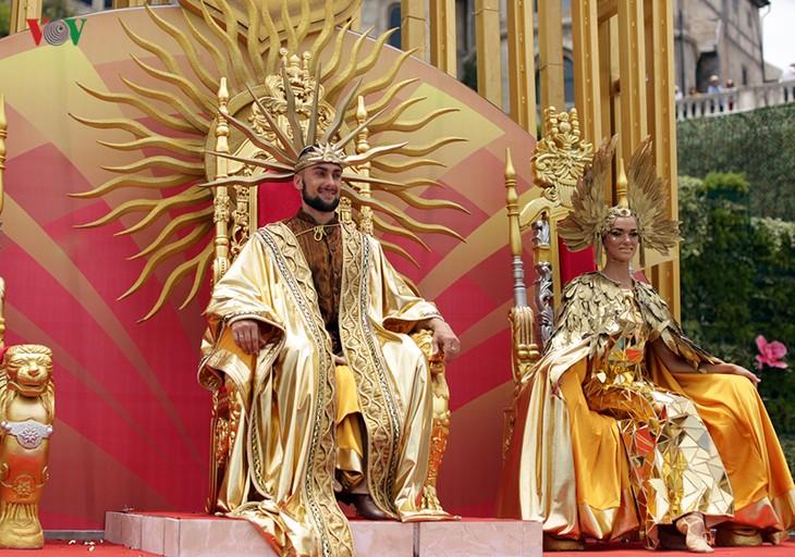 Vũ hội Ánh dương: Show diễn đẳng cấp quốc tế đầu tiên tại Đà Nẵng - ảnh 23