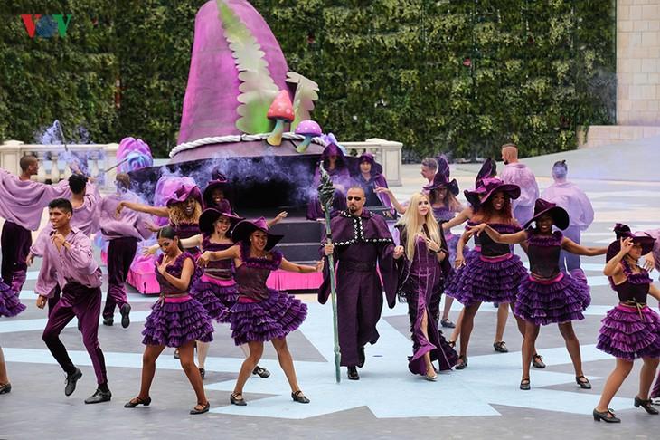 Vũ hội Ánh dương: Show diễn đẳng cấp quốc tế đầu tiên tại Đà Nẵng - ảnh 4