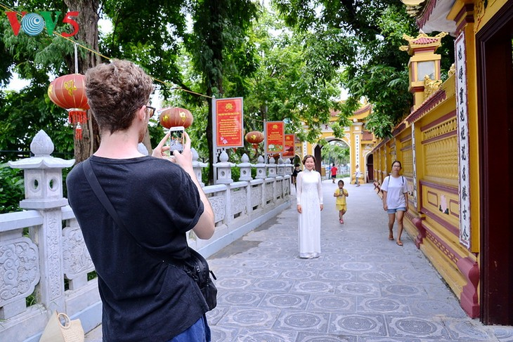 Chùa Trấn Quốc lọt vào top 10 ngôi chùa đẹp nhất thế giới - ảnh 12