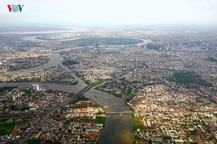 Ấn tượng vẻ đẹp sông nước của thành phố Hồ Chí Minh - ảnh 2