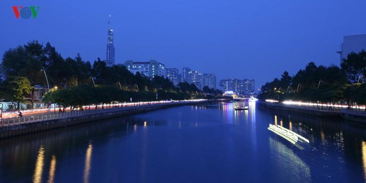 Ấn tượng vẻ đẹp sông nước của thành phố Hồ Chí Minh - ảnh 13