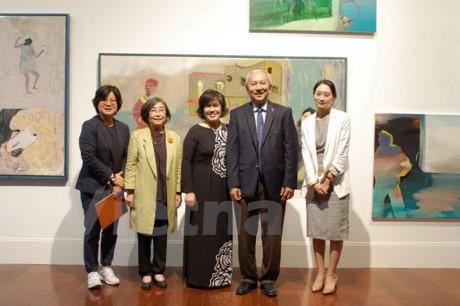 25 ans des relations Vietnam-République de Corée : Vernissage d'une exposition de beaux-arts - ảnh 1