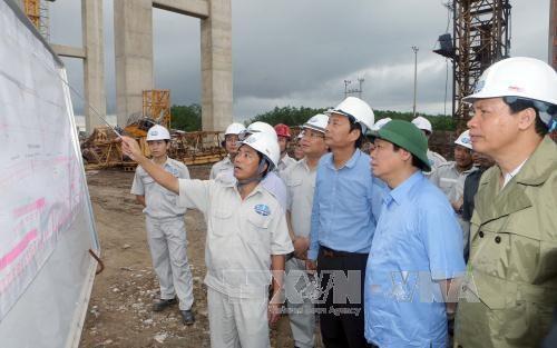 Déplacement de Vuong Dinh Hue à Quang Ninh - ảnh 2
