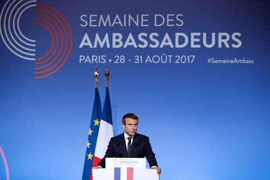 Pour Macron, «la lutte contre le terrorisme islamiste» est la priorité de la diplomatie française - ảnh 1