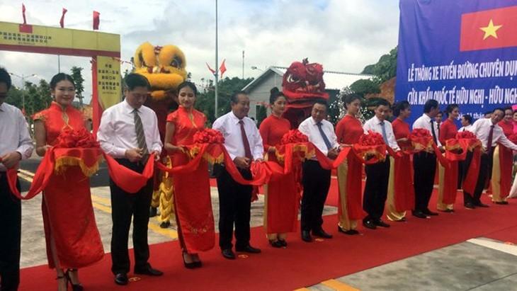 Inauguration d'une route de transport de marchandises Vietnam-Chine - ảnh 1