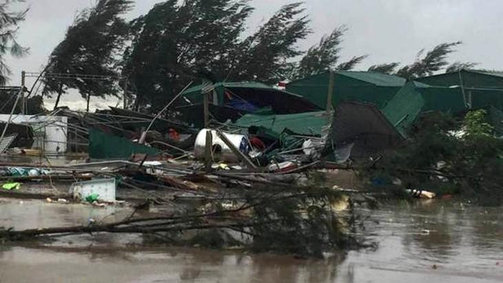 Typhon Doksuri: 6 morts, 21 blessés, des dégâts matériels importants - ảnh 1