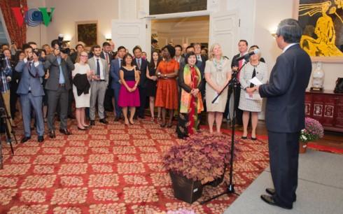 L'Ambassade du Vietnam aux Etats-Unis célèbre la fête nationale - ảnh 1