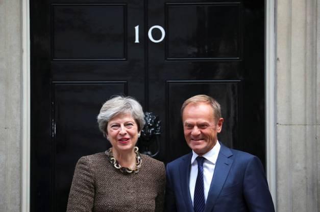 """Brexit: """"pas encore de progrès suffisants"""" dans les négociations, selon Tusk - ảnh 1"""