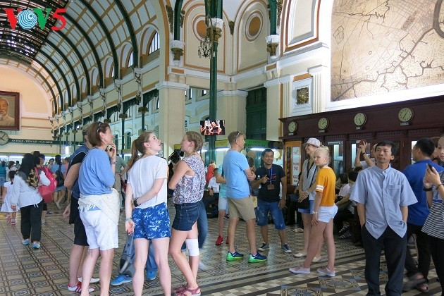 La Poste centrale de Saigon, un patrimoine architectural - ảnh 4