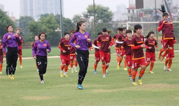 Championnat d'Asie de footbal des moins de 19 ans: l'équipe féminine vietnamienne prête - ảnh 1